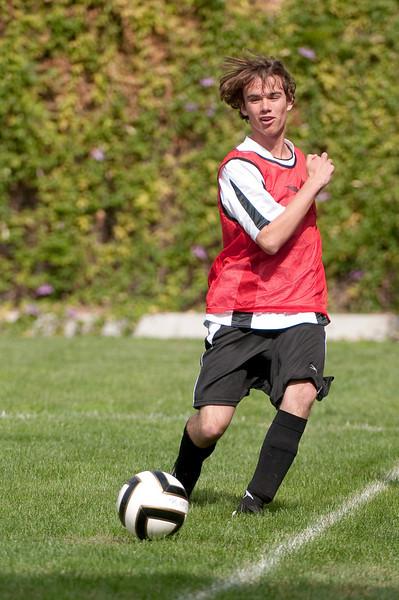 Los-Altos-Soccer-U16B-20091011120241_21411