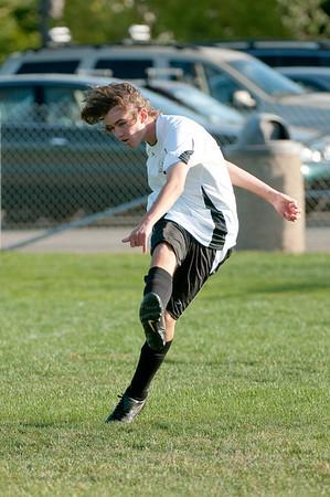 Los-Altos-Soccer-U16B-20091004170125_21089