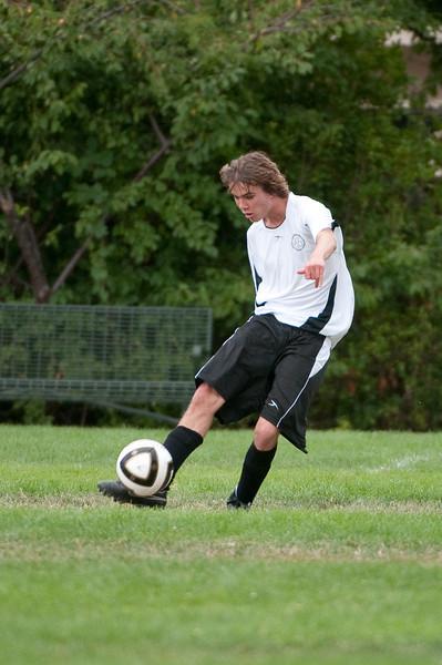 Los-Altos-Soccer-U16B-20090913143411_8656