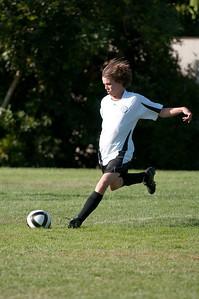 Los-Altos-Soccer-U16B-20091004161523_20978