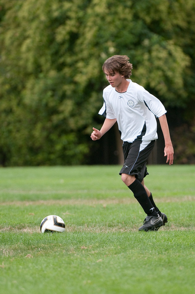 Los-Altos-Soccer-U16B-20090913143839_8695