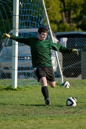Los-Altos-Soccer-U16B-20091004165823_21075