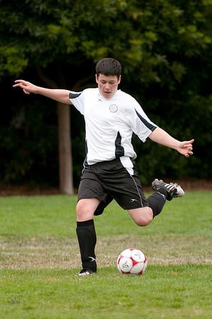 Los-Altos-Soccer-U16B-20090913140008_8545