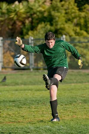 Los-Altos-Soccer-U16B-20091004171407_21116