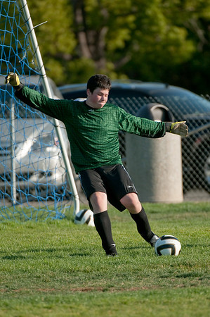 Los-Altos-Soccer-U16B-20091004165940_21082