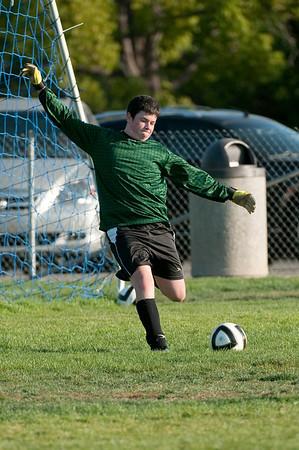 Los-Altos-Soccer-U16B-20091004170201_21096