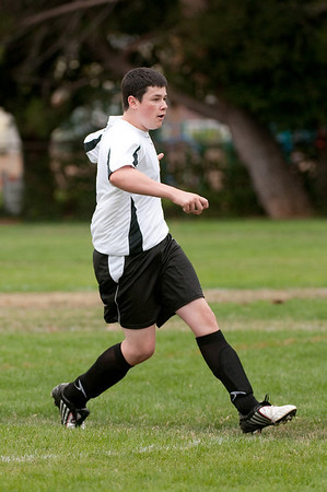 Los-Altos-Soccer-U16B-20090913135445_8454