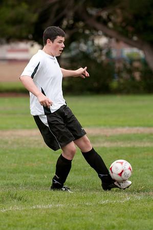 Los-Altos-Soccer-U16B-20090913135445_8453
