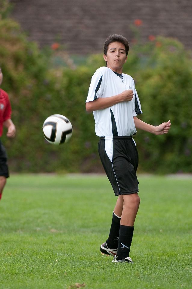 Los-Altos-Soccer-U16B-20090913143834_8690