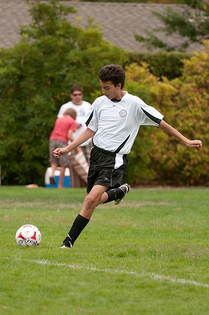 Los-Altos-Soccer-U16B-20090913135724_8499
