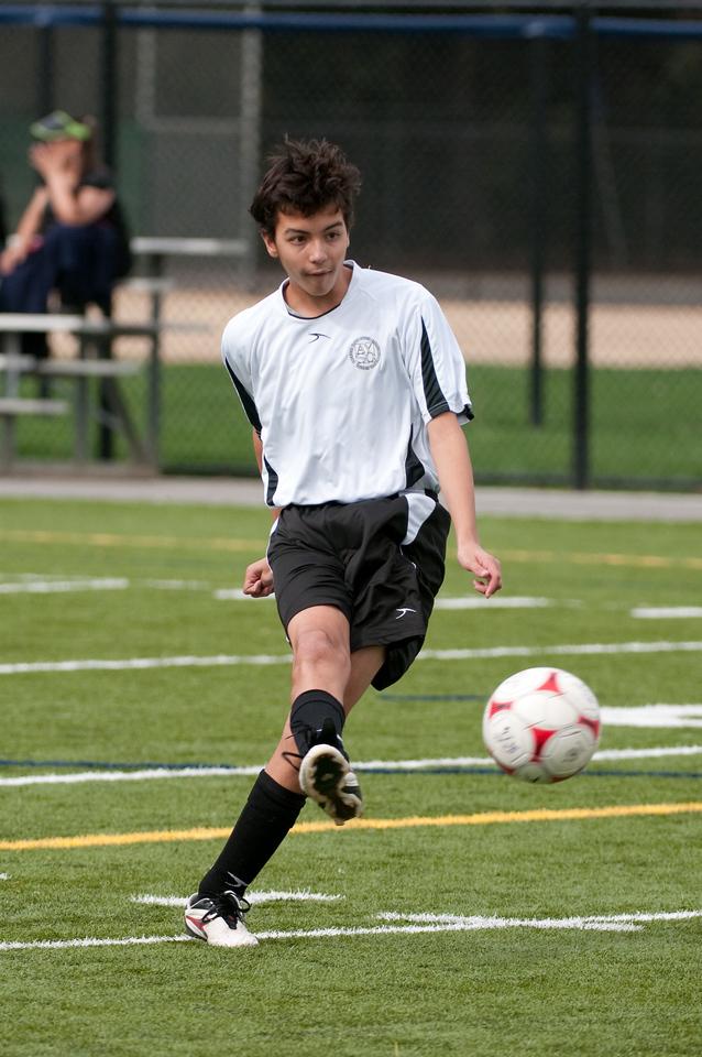 Los-Altos-Soccer-U16B-20091018135333_1957