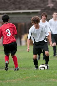 Los-Altos-Soccer-U16B-20090913143200_8626