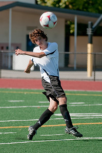 Los-Altos-Soccer-U16B-20090920155610_9895