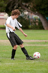 Los-Altos-Soccer-U16B-20090913135519_8473