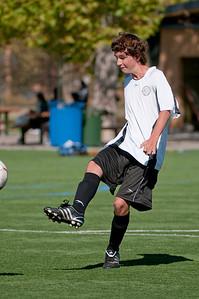 Los-Altos-Soccer-U16B-20091025125657_2386