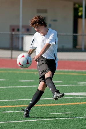 Los-Altos-Soccer-U16B-20090920155610_9894