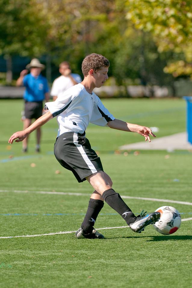 Los-Altos-Soccer-U16B-20091025131648_2457