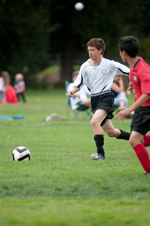 Los-Altos-Soccer-U16B-20090913143210_8632