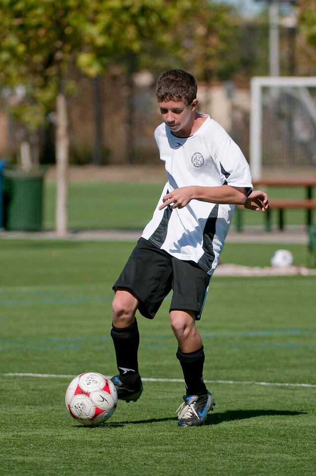 Los-Altos-Soccer-U16B-20091025125605_2369