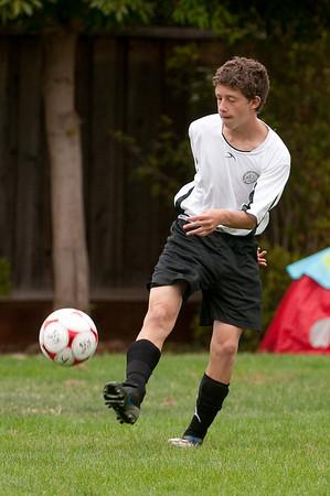 Los-Altos-Soccer-U16B-20090913140024_8556