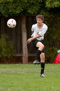 Los-Altos-Soccer-U16B-20090913140024_8557