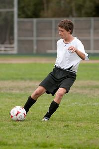 Los-Altos-Soccer-U16B-20090913135455_8459