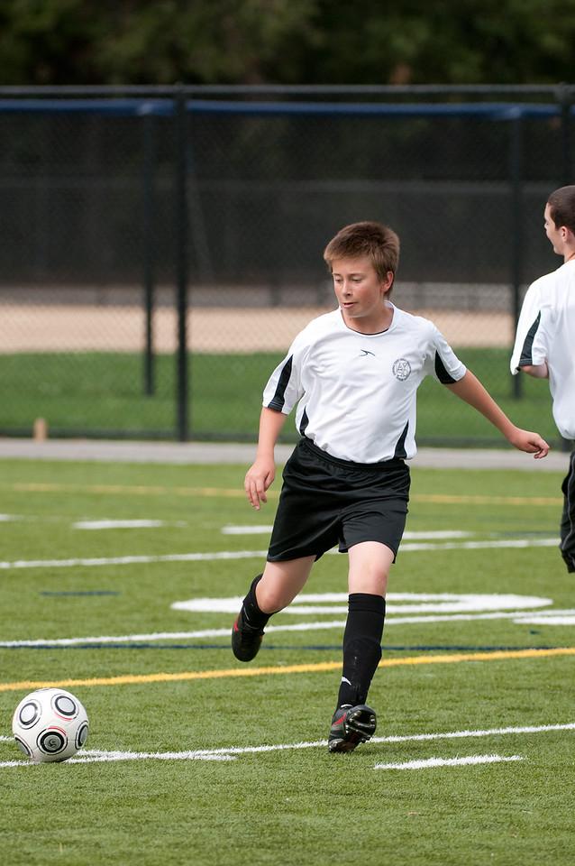 Los-Altos-Soccer-U16B-20091018135325_1945