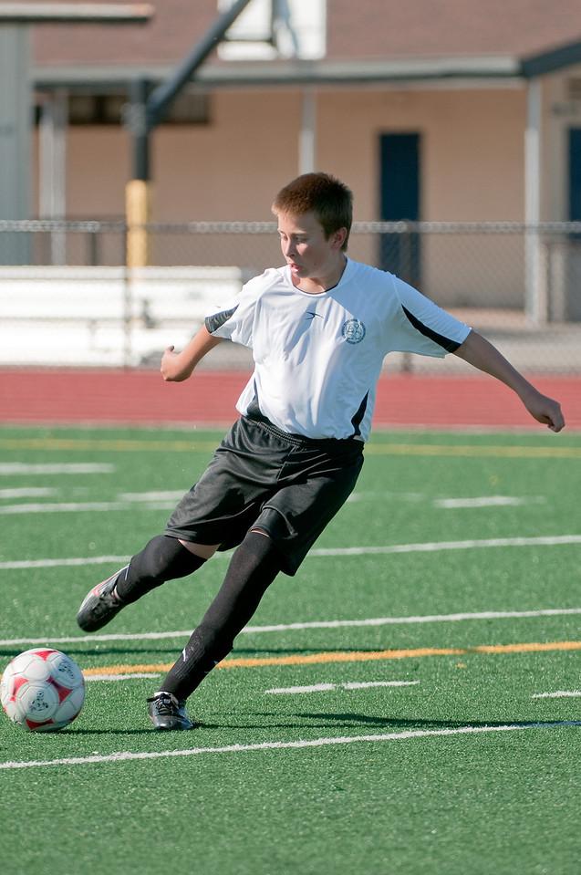 Los-Altos-Soccer-U16B-20090920155738_9928