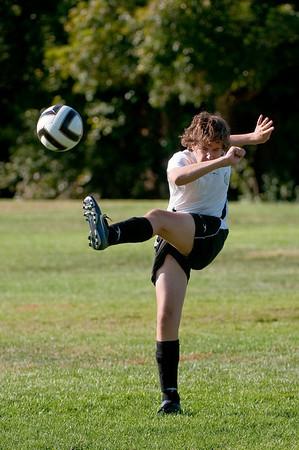 Los-Altos-Soccer-U16B-20091004160444_20937