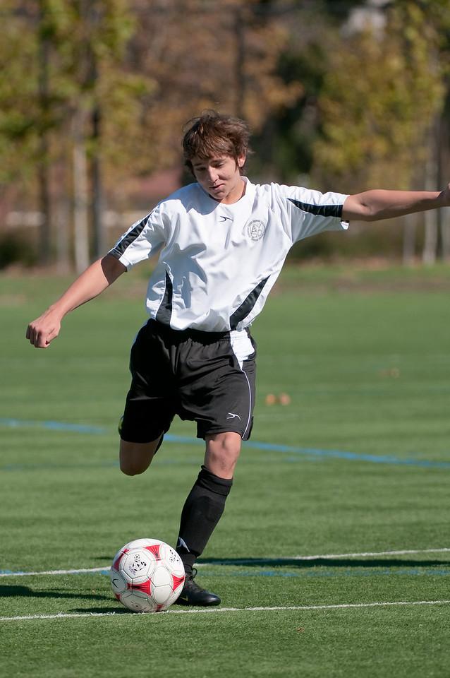 Los-Altos-Soccer-U16B-20091025124859_2293