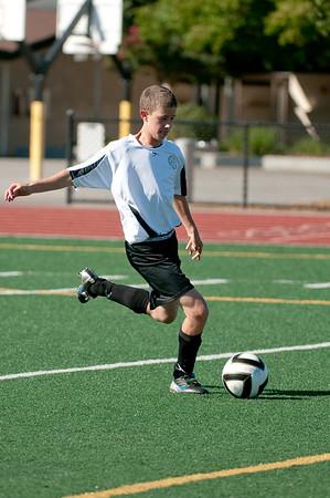 Los-Altos-Soccer-U16B-20090920155551_9878