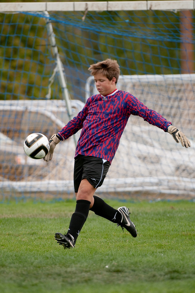 Los-Altos-Soccer-U16B-20090913145551_8806
