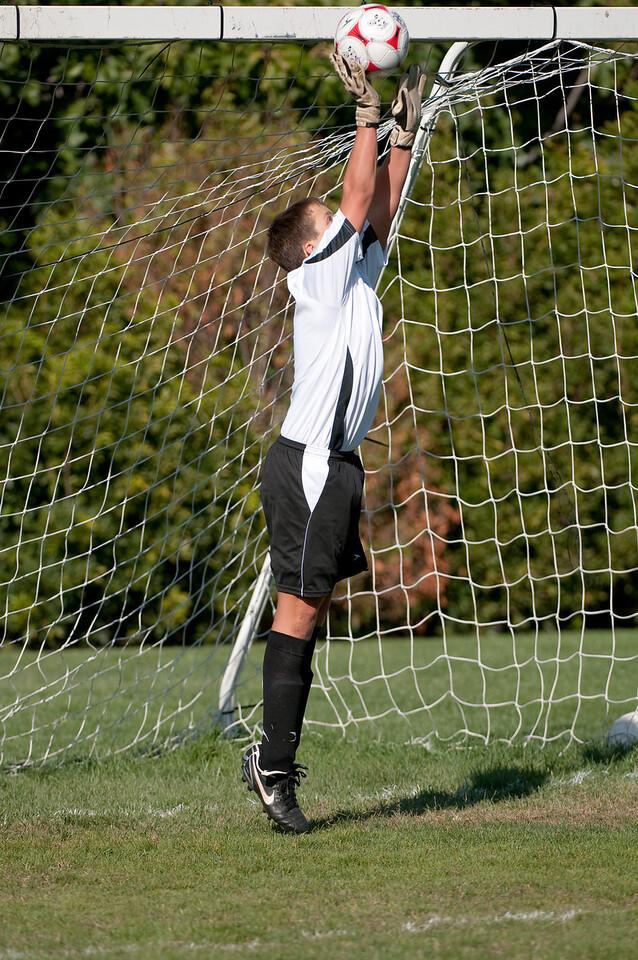 Los-Altos-Soccer-U16B-20091004155157_20916
