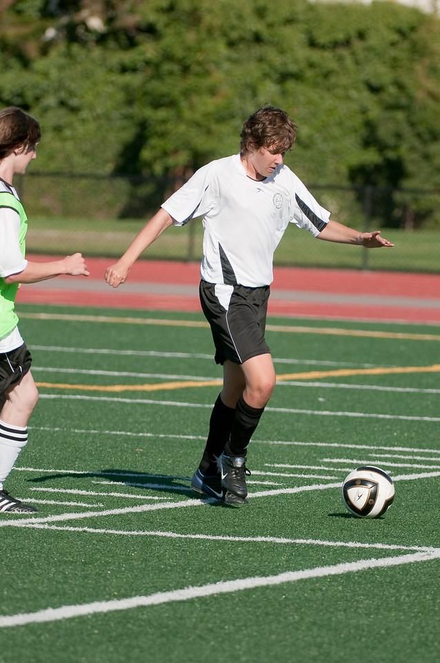 Los-Altos-Soccer-U16B-20090920163519_0042
