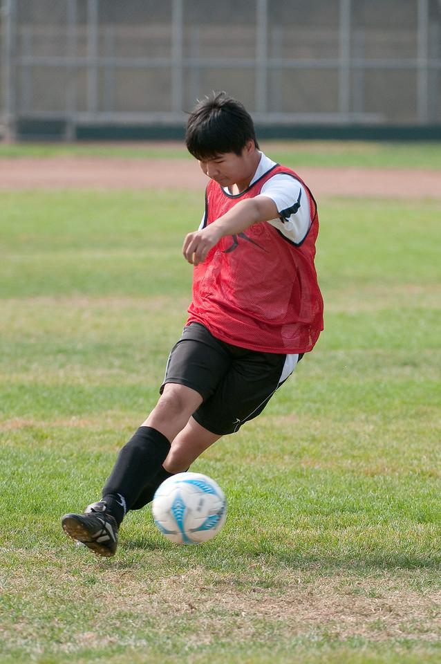 Los-Altos-Soccer-U16B-20091011114928_21351