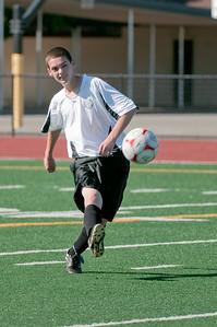 Los-Altos-Soccer-U16B-20090920155633_9900