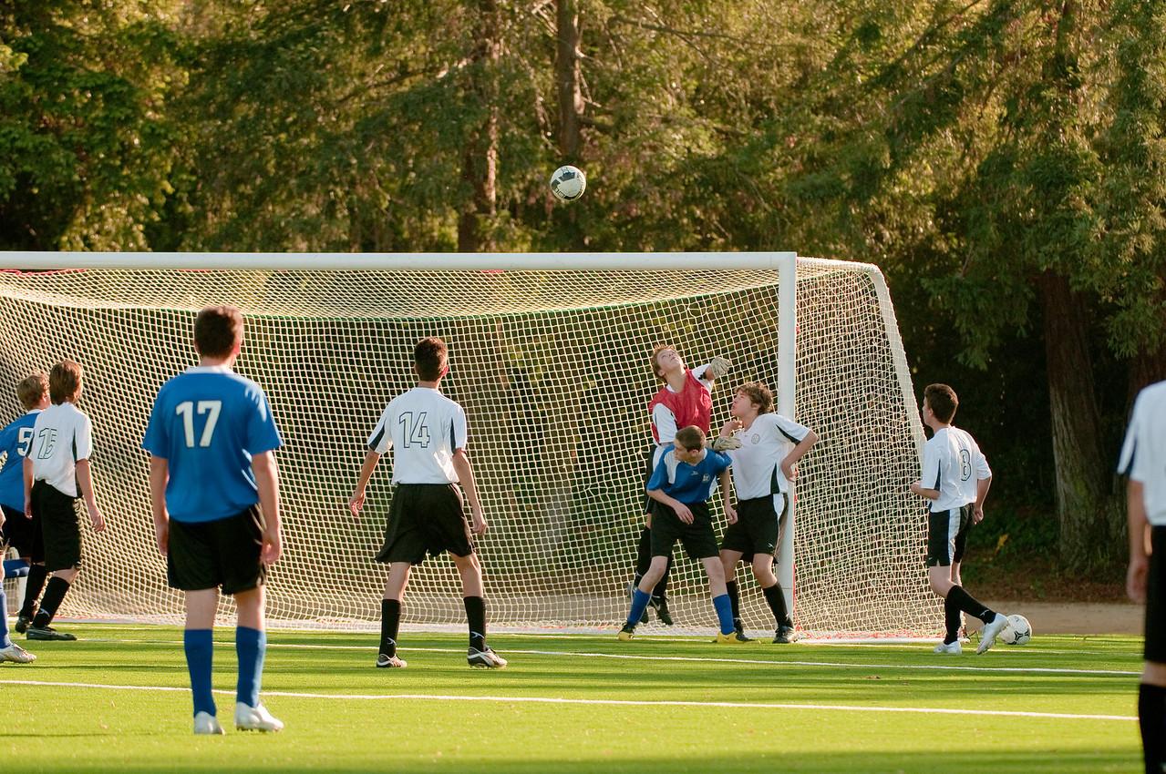 Los-Altos-Soccer-U16B-20091101161357_3164