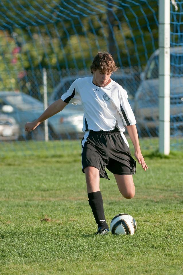 Los-Altos-Soccer-U16B-20091004165628_21069