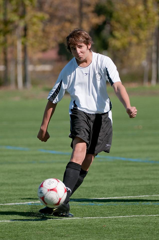 Los-Altos-Soccer-U16B-20091025124859_2294