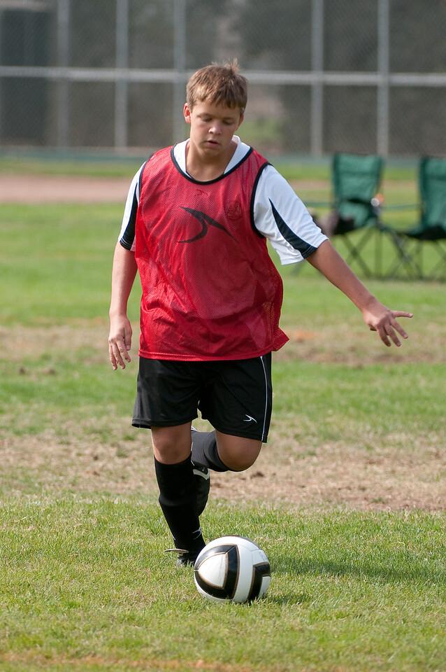 Los-Altos-Soccer-U16B-20091011114942_21355