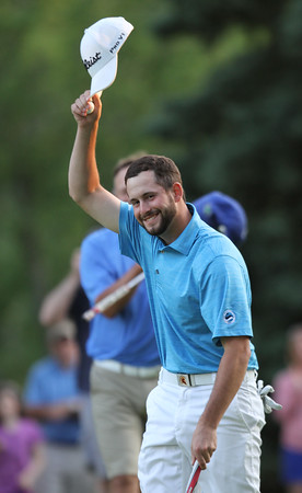 Final round of Lowell City Golf Tournament at Mt Pleasant Golf Club. Chris Gentle of Mt Pleasant tips his hat after winning the 2016 Cities. (SUN/Julia Malakie)