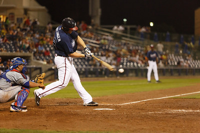 Mississippi Braves outfielder Robbie Hefflinger hitting