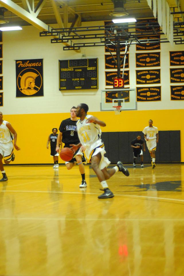 20100128_MCC Basketball_0089