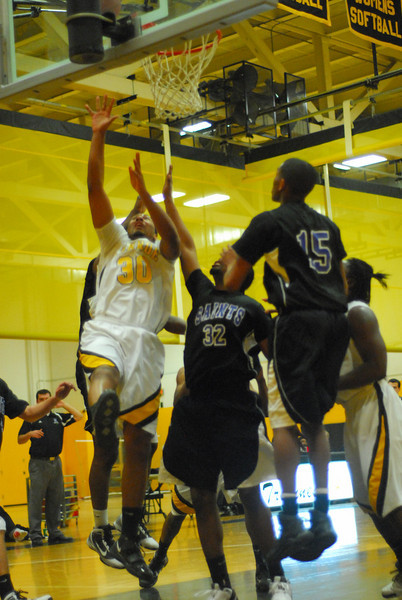 20100128_MCC Basketball_0027