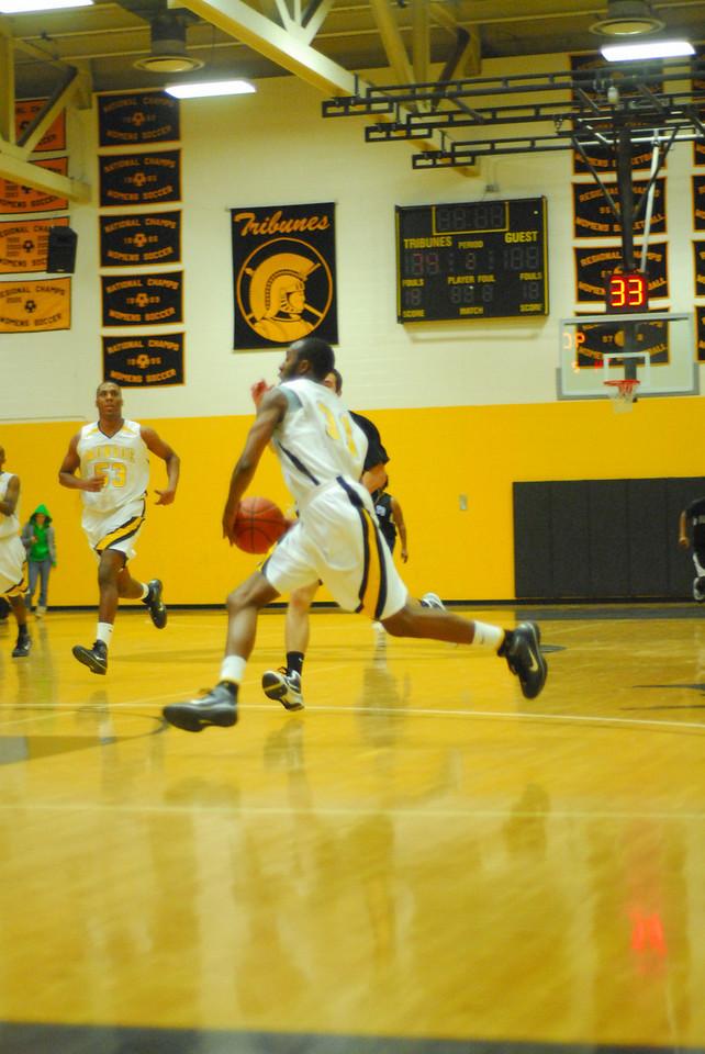 20100128_MCC Basketball_0088