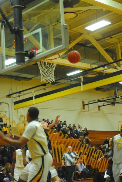 20100128_MCC Basketball_0069