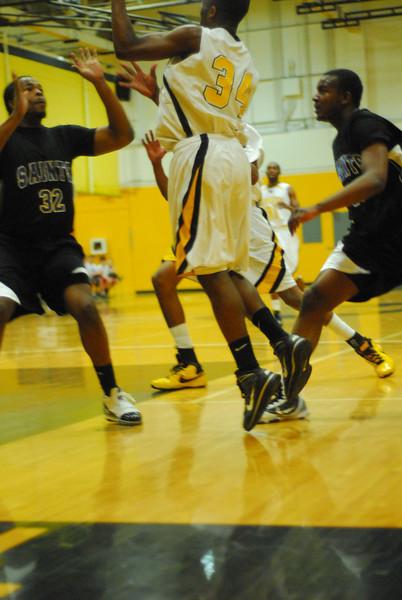 20100128_MCC Basketball_9963