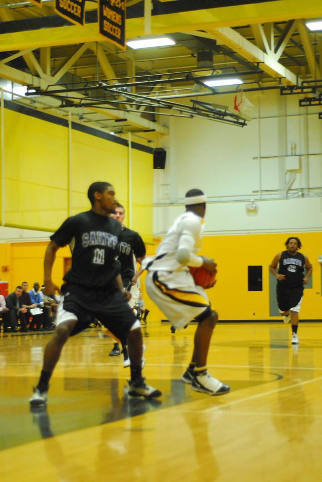 20100128_MCC Basketball_9982