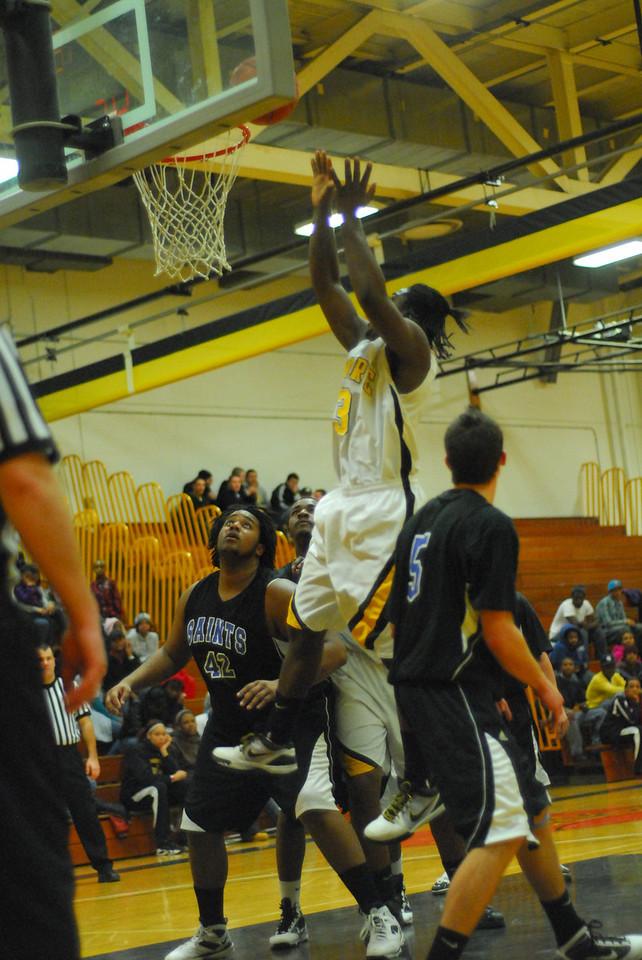 20100128_MCC Basketball_0033