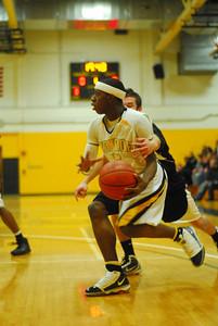 20100128_MCC Basketball_9938